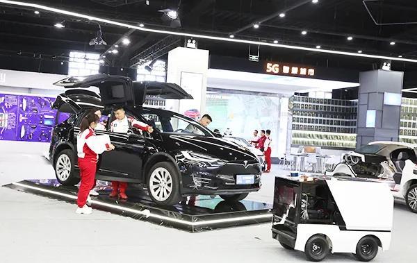 无人驾驶技术得到了快速发展